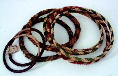 Ensemble de 8 anneaux de jeu de Grâces (corde...