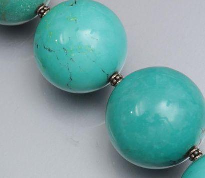 Important collier de boules de turquoise...