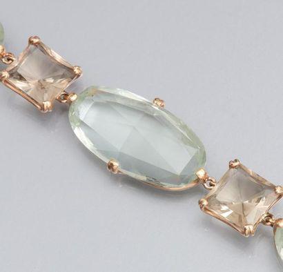 Bracelet en or jaune 750°/00, serti de prasiolites...