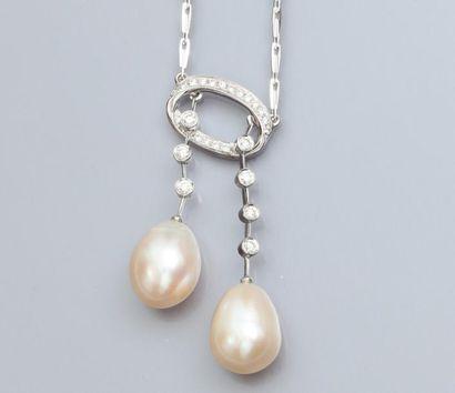 Collier négligé en or gris 750°/00 serti de diamants taille brillant et de deux...