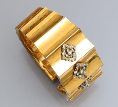 Bracelet manchette rigide en or jaune750°/00,...