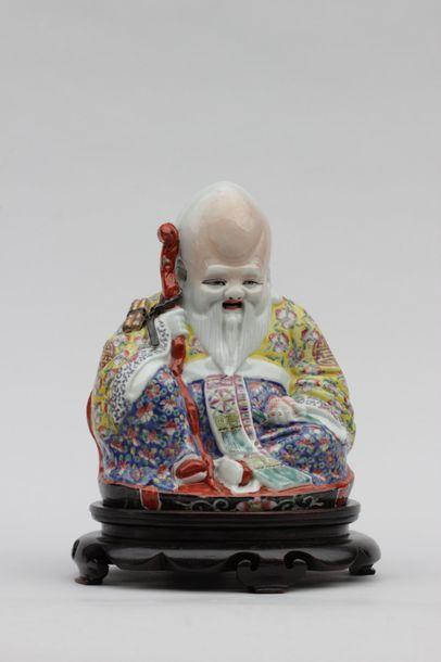 SUJET en porcelaine représentant un sage...