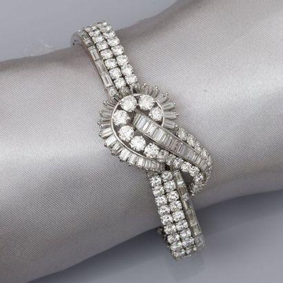 Bracelet ruban en platine et en or gris,...