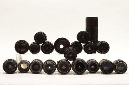 OBJECTIFS, ensemble de vingt objectifs divers...