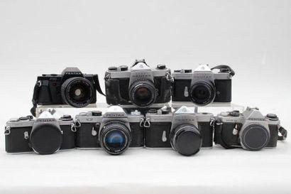 PENTAX, ensemble de sept appareils. Boitier Asahi Pentax SP 1000 avec objectif Takumar...