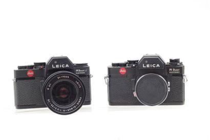 LEICA, LEITZ. Deux boitiers Leica R3 Mot...