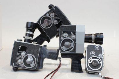 CAMERAS, ensemble de quatre caméras : Deux...