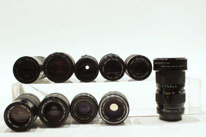CANON, ensemble de dix objectifs : deux Canon FD 2/35, trois Canon FD 3.5/135, un...