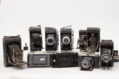 SOUFFLET, ensemble de dix appareils divers...