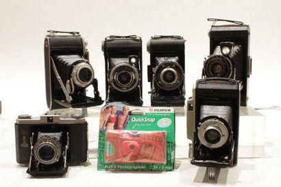 SOUFFLETS et divers, ensemble de huit appareils....