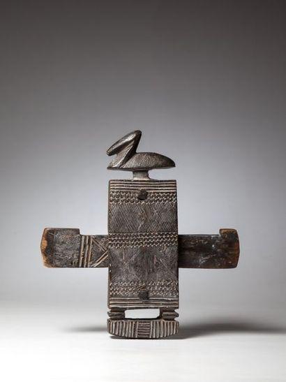 DOGON, Mali  Serrure surmontée de l'oiseau...