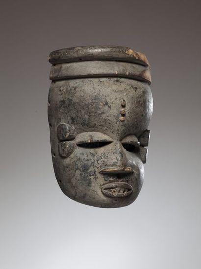 IBIBIO, Nigéria  Beau masque aux yeux en...