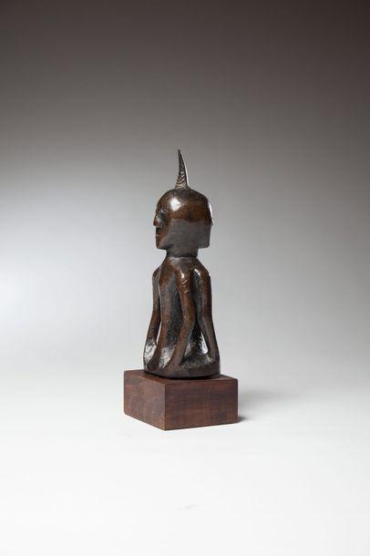 KUSU, République Démocratique du Congo  Statue...