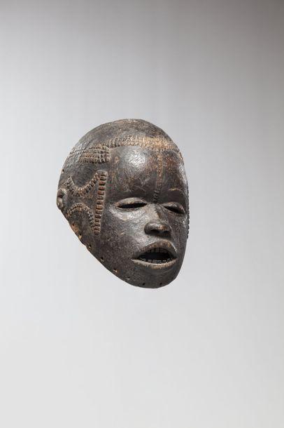 M'BEMBE, Nigéria  Collecté dans la région...