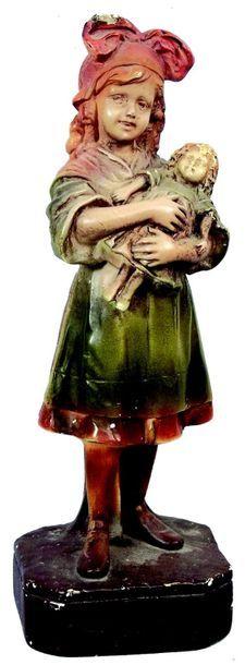 «Ma Chère Poupée» statuette en plâtre polychrome...