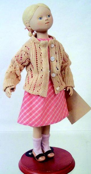 «Marion LOGRE» H 37 cm (création de 1998)...