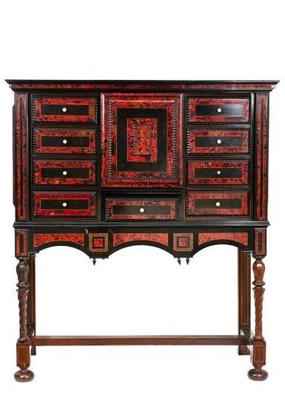 Grand cabinet en bois de placage, placage...