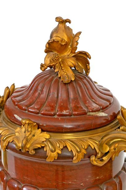Large Louis XV style vase with two handles decorated with reeds and its lid in red...