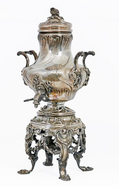 Samovar with two handles with its support and its lid of style Louis XV in silver...
