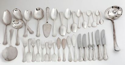 Set of 167 pieces in silver 800/1000 consisting of: 12 large spoons 12 large forks...