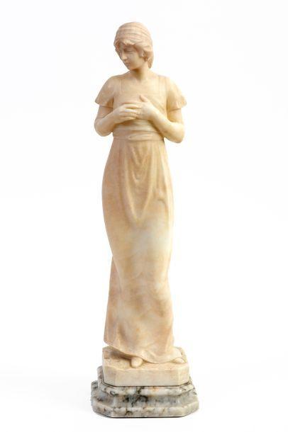 École italienne Élégante en robe longue Albâtre...