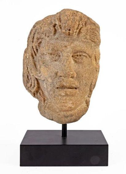 Art Romain Tête de Méduse en marbre sculpté...