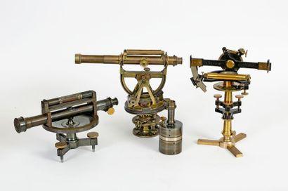 Ensemble de trois instruments de mesure en...