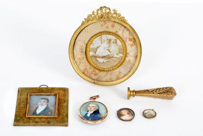Portrait d'un gentilhomme , miniature ovale...