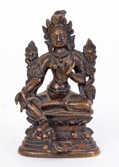 Chine, XVIIIe siècle Petite statue en bronze...