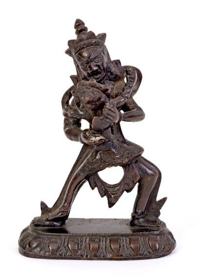 Tibet, XIXe siècle Divinité en bronze représentée...