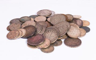 Lot de pièces de monnaies en argent principalement...