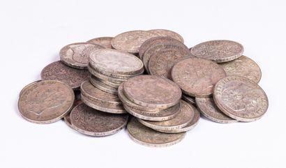 Lot de pièces en argent de 5 francs de Belgique...