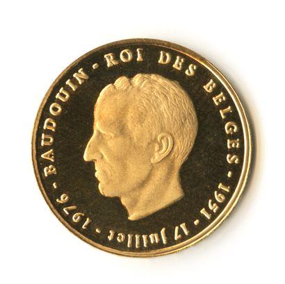Belgique - Médaille or commémorative de Baudouin,...