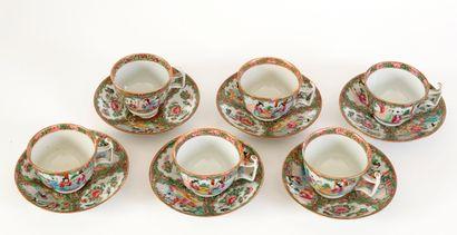 Chine, XIXe siècle Série de 6 tasses et...