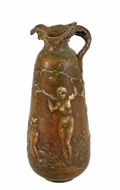 Alexandre VIBERT (c.1847-1909) Vase tronconique...