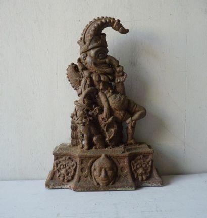 Cale-porte en fonte de fer décoré d'un Nain...