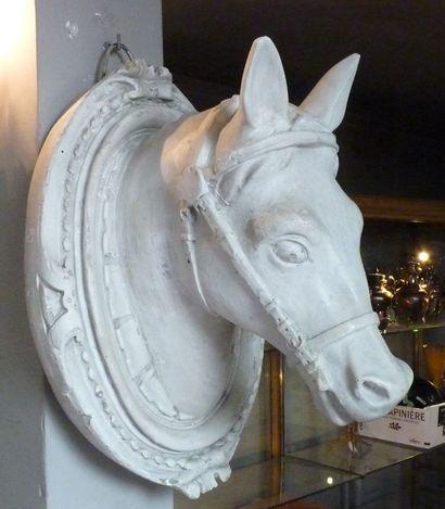 Anonyme, XXè Tête de cheval Plâtre H.: +/-56...