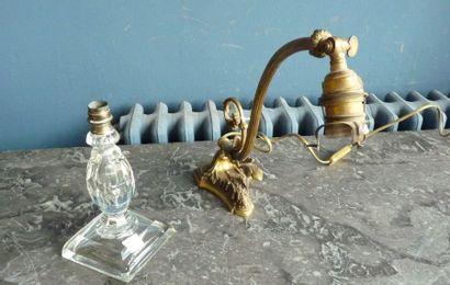 Pied de lampe d'inspiration Louis XVI en...