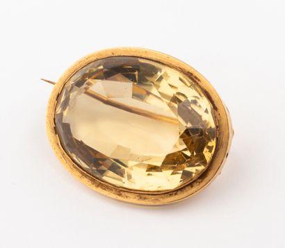 Broche en or jaune 18k (750 millièmes) ornée...