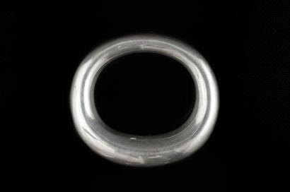 Bracelet rigide anneau arrondi en argent 925 millièmes uni.  Poinçon: 925