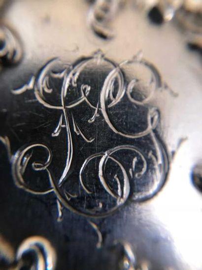 MENAGERE Ménagère en argent 800 millièmes de style rocaille chiffrée L.G, vers 1880....