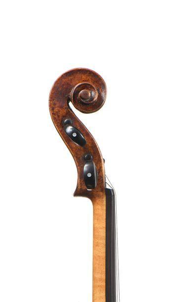Violon probablement de l'école de MILAN Intéressant violon probablement Italien,...