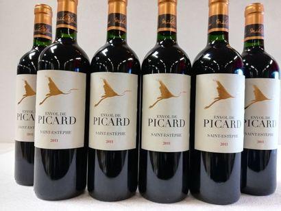 6 bouteilles de Saint-Estèphe. 2011. Châtau...