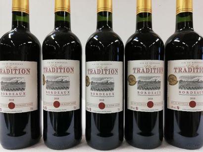 5 bouteilles de Bordeaux. 2018. M. Jaubert....