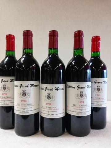 5 bouteilles de Château Grand Merrain. 1993....