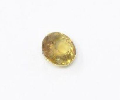 Sphene jaune de 1.15ct environ facettée ...