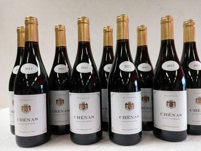 9 bouteilles de Cru du Beaujolais. 2017....