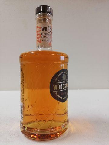 Superbe flacon. 2017. Whisky The Woodsman....