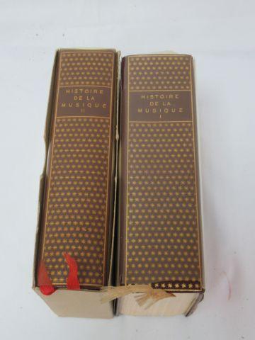 """Encyclopédie de LA PLEIADE, """"Histoire de la Musique"""", tome 1 et 2. 1973 et 1974"""