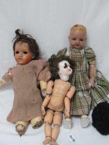 Lot de 3 poupées anciennes, têtes en biscuit,...